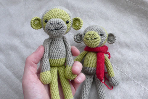 two green monkeys