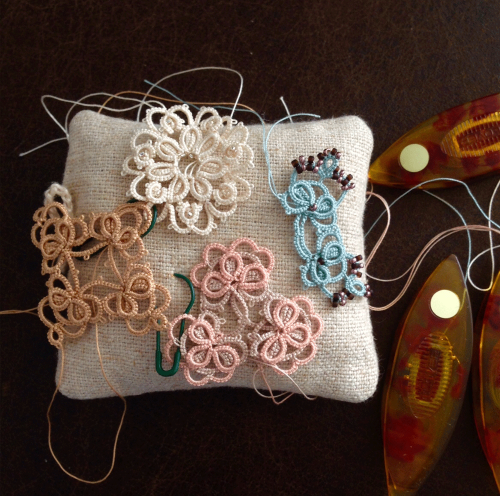 tatting in colour