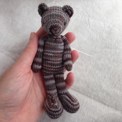 no_nose_bear